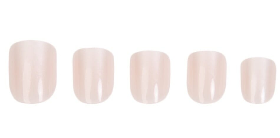 Red Aspen Nail Dashes Review: Charming or cheap? 7