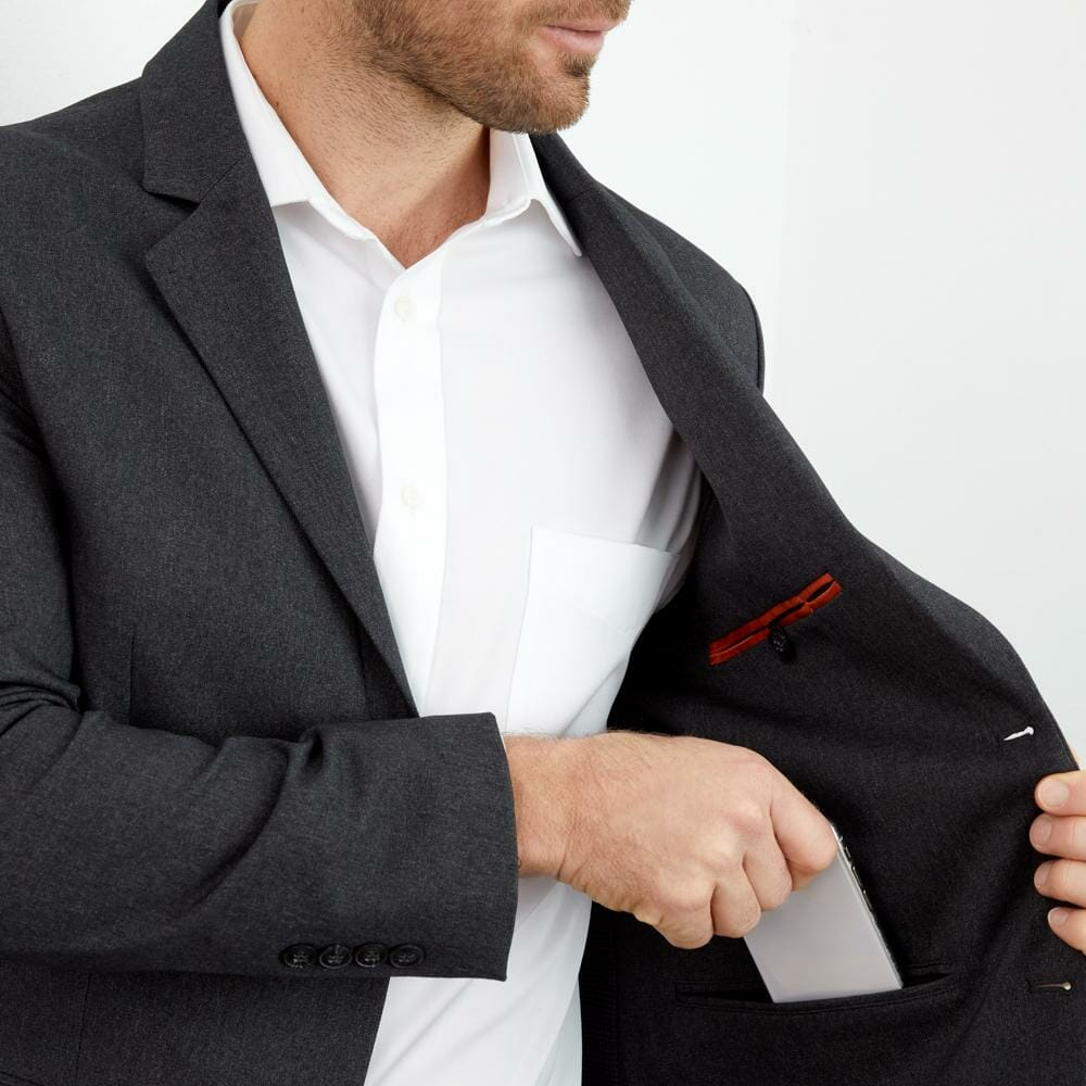 Bluffworks Suit Review: We Put The Ultimate Travel Suit To The Test 3