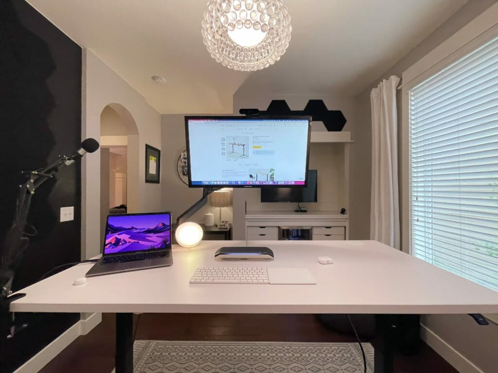Jarvis Standing Desk Review: we put the best-selling standing desk to the test 2