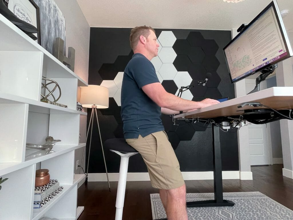 Jarvis Standing Desk Review: we put the best-selling standing desk to the test 26